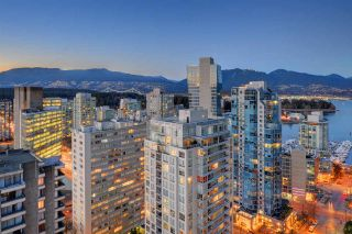 "Photo 12: 2304 738 BROUGHTON Street in Vancouver: West End VW Condo for sale in ""Alberni Place"" (Vancouver West)  : MLS®# R2369101"