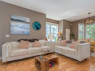 Photo 9: 43 WEST SPRINGS Lane SW in Calgary: West Springs Row/Townhouse for sale : MLS®# C4256287