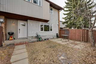 Photo 2: #3, 8115 144 Ave NW: Edmonton Townhouse for sale : MLS®# E4235047