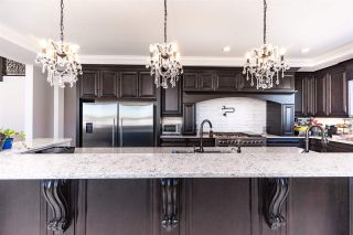 Photo 8: 944 166 Avenue in Edmonton: Zone 51 House for sale : MLS®# E4245782