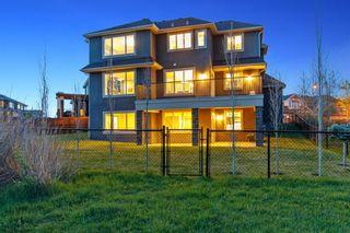 Photo 3: 23 Aspen Vista Way SW in Calgary: Aspen Woods Detached for sale : MLS®# A1113824