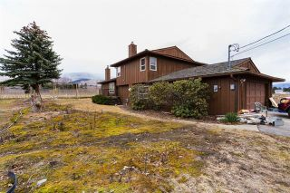 Photo 2: 245 Cornish Road, in Kelowna: Agriculture for sale : MLS®# 10235331