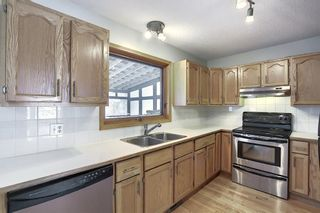 Photo 4: 65 Hawkville Close NW in Calgary: Hawkwood Detached for sale : MLS®# A1067998
