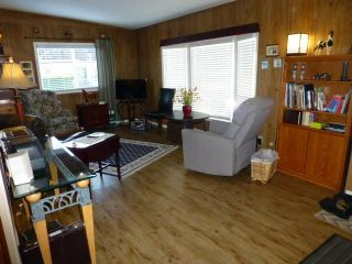 """Photo 11: 31 2305 200 Street in Langley: Brookswood Langley Manufactured Home for sale in """"Cedar Lane"""" : MLS®# R2223523"""