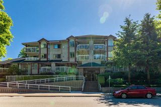 Photo 3: 108 1215 PACIFIC STREET in Coquitlam: North Coquitlam Condo for sale : MLS®# R2587535