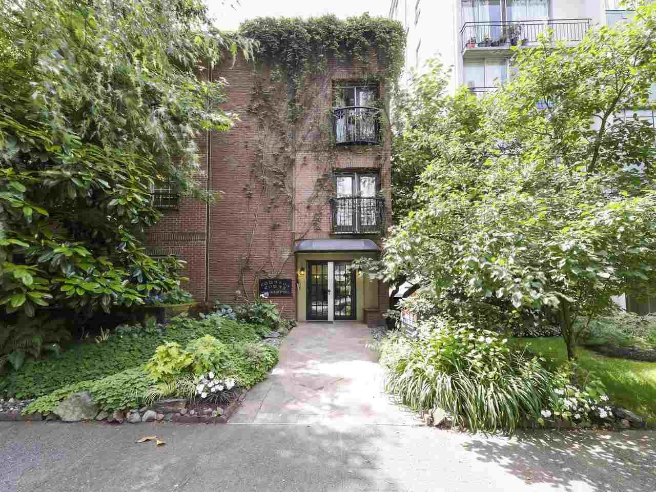 """Main Photo: 213 1940 BARCLAY Street in Vancouver: West End VW Condo for sale in """"Bourbon Court"""" (Vancouver West)  : MLS®# R2473241"""