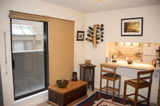 """Photo 7: 212 3275 MOUNTAIN Highway in North Vancouver: Lynn Valley Condo for sale in """"HASTINGS MANOR"""" : MLS®# R2216438"""