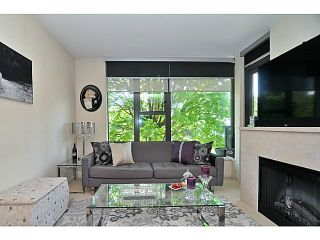 Photo 3: # 402 683 W VICTORIA PK PK in North Vancouver: Lower Lonsdale Condo for sale : MLS®# V1122629