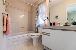 """Photo 12: 108 6109 W BOUNDARY Drive in Surrey: Panorama Ridge Townhouse for sale in """"Lakewood Gardens"""" : MLS®# R2197585"""