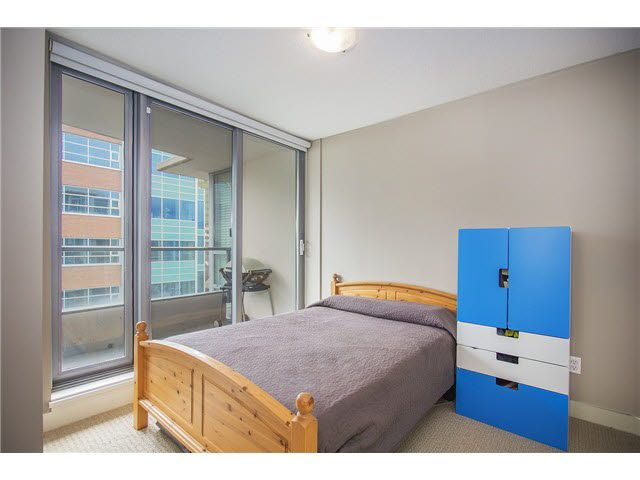 """Photo 10: Photos: 702 587 W 7TH Avenue in Vancouver: Fairview VW Condo for sale in """"AFFINITI"""" (Vancouver West)  : MLS®# V1118328"""