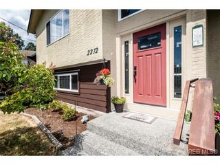 Photo 2: 2272 Gail Pl in SIDNEY: Si Sidney South-East House for sale (Sidney)  : MLS®# 734823