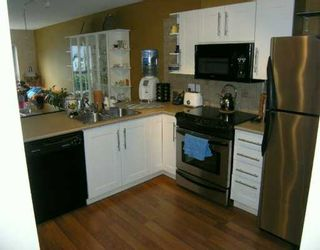 """Photo 5: 22230 NORTH Ave in Maple Ridge: West Central Condo for sale in """"SOUTHRIDGE TERRACE"""" : MLS®# V587346"""