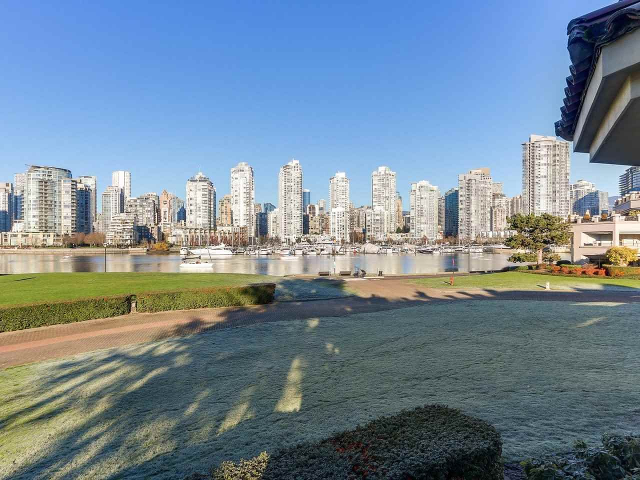 "Main Photo: 219 1869 SPYGLASS Place in Vancouver: False Creek Condo for sale in ""THE REGATTA"" (Vancouver West)  : MLS®# R2327588"
