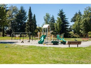 Photo 19: 1838 Newton St in VICTORIA: SE Camosun House for sale (Saanich East)  : MLS®# 755564