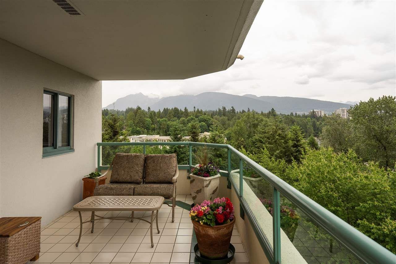 Photo 13: Photos: 10A 338 TAYLOR WAY in West Vancouver: Park Royal Condo for sale : MLS®# R2463301