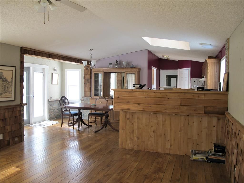 Photo 16: Photos: : St Laurent Residential for sale (R19)  : MLS®# 1905086