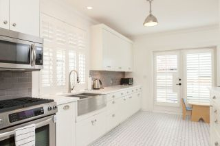 Photo 3: 1841 STEPHENS STREET in Vancouver: Kitsilano House for sale (Vancouver West)  : MLS®# R2046139