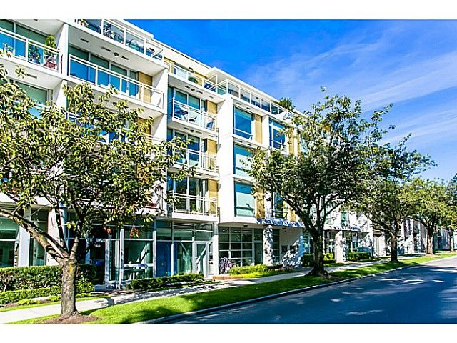 """Main Photo: 509 1635 W 3RD Avenue in Vancouver: False Creek Condo for sale in """"THE LUMEN"""" (Vancouver West)  : MLS®# V1026731"""