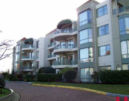 """Main Photo: 304 1765 MARTIN DR in White Rock: Sunnyside Park Surrey Condo for sale in """"Southwyn"""" (South Surrey White Rock)  : MLS®# F2601637"""