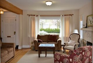 Photo 3: 5979 CARNARVON Street in Vancouver: Kerrisdale House for sale (Vancouver West)  : MLS®# R2147956