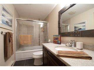 """Photo 18: 3715 NICO WYND Drive in Surrey: Elgin Chantrell Townhouse for sale in """"NICO WYND ESTATES"""" (South Surrey White Rock)  : MLS®# F1413148"""