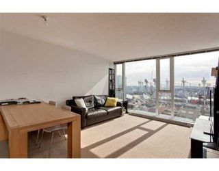 Photo 2: # 2505 233 ROBSON ST in Vancouver: Condo for sale : MLS®# V877253