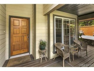Photo 3: 3540 Sun Hills in VICTORIA: La Walfred House for sale (Langford)  : MLS®# 731718