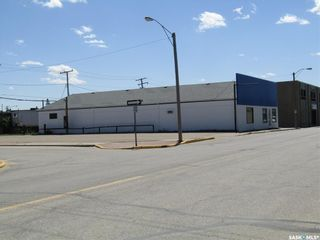 Photo 4: 114 Railway Avenue East in Nipawin: Commercial for sale : MLS®# SK845134