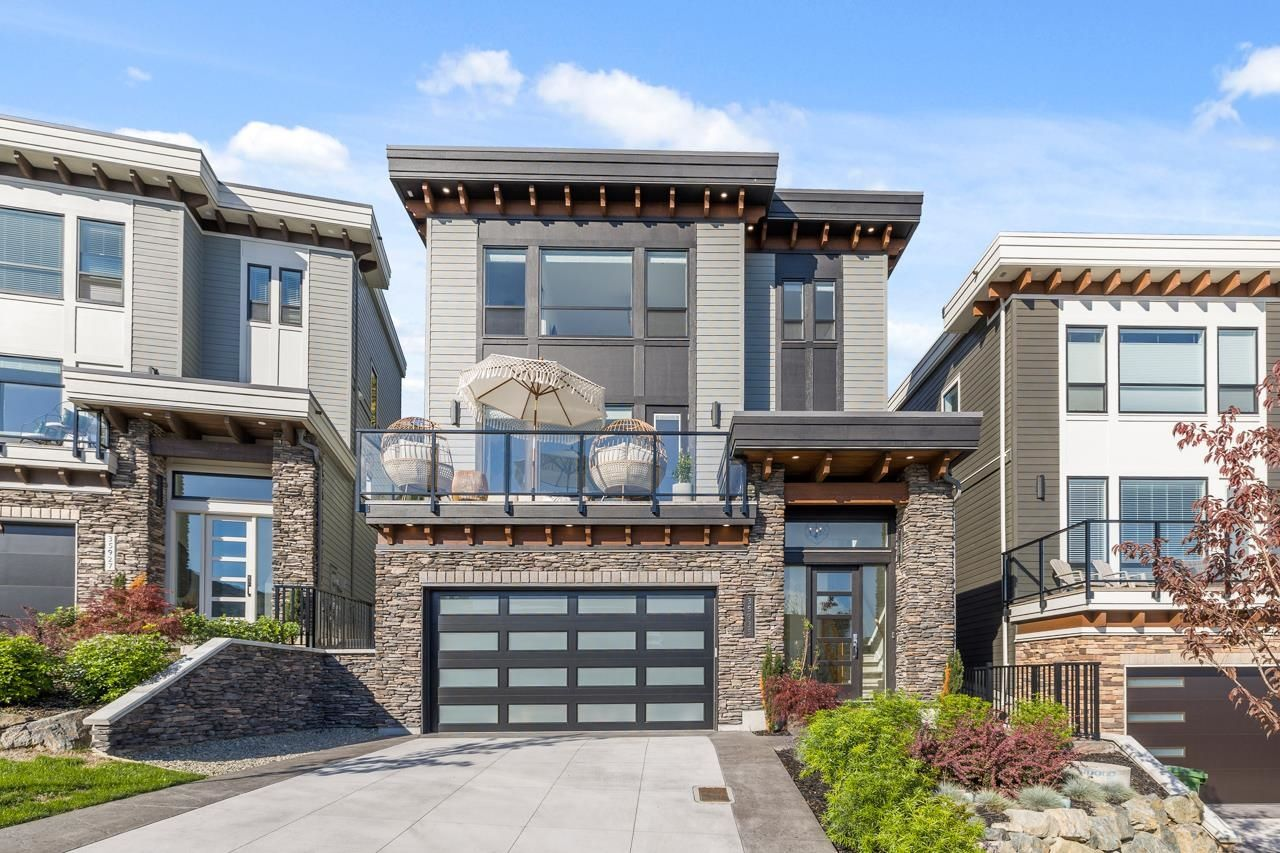 Main Photo: 35935 TIMBERLANE Drive in Abbotsford: Abbotsford East House for sale : MLS®# R2624737