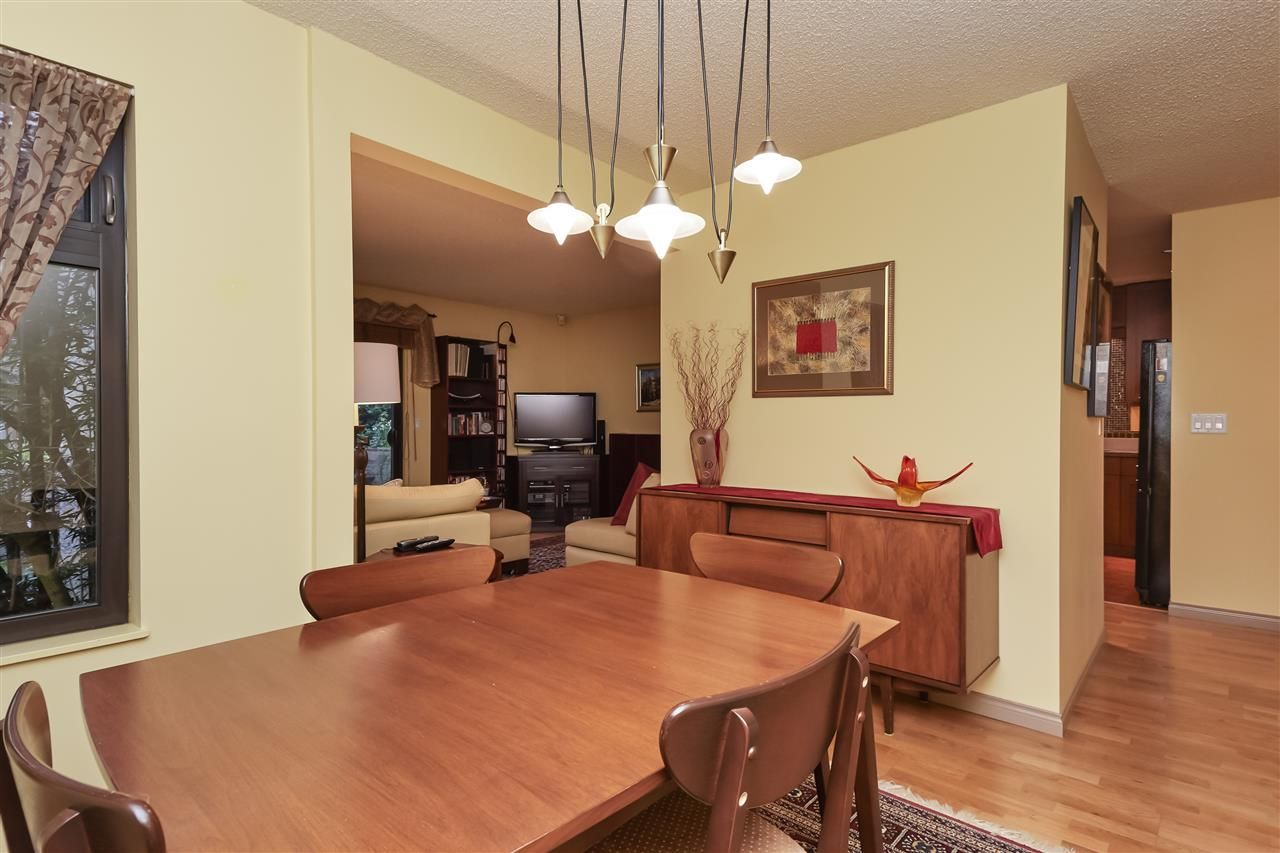 Photo 14: Photos: 7360 TOBA PLACE in Vancouver: Champlain Heights Townhouse for sale (Vancouver East)  : MLS®# R2430087