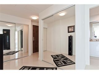 """Photo 3: 1104 162 VICTORY SHIP Way in North Vancouver: Lower Lonsdale Condo for sale in """"ATRIUM AT THE PIER"""" : MLS®# V876116"""