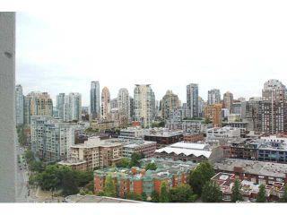 "Photo 4: 2301 1009 EXPO Boulevard in Vancouver: Yaletown Condo for sale in ""LANDMARK 33"" (Vancouver West)  : MLS®# V1072019"