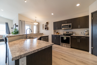 Photo 7: 103 Cotswold Place | River Park South Winnipeg