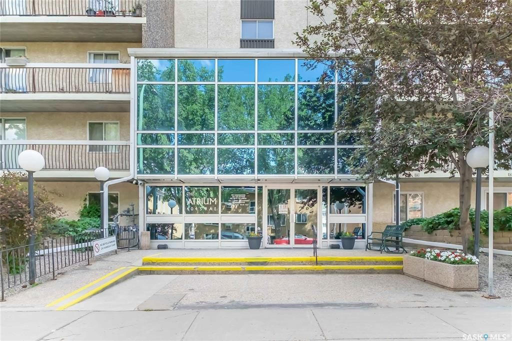 Main Photo: 610 4045 RAE Street in Regina: Parliament Place Residential for sale : MLS®# SK863132
