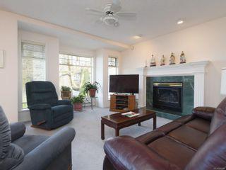 Photo 6: 1417 Anna Clare Pl in Saanich: SE Cedar Hill House for sale (Saanich East)  : MLS®# 860885