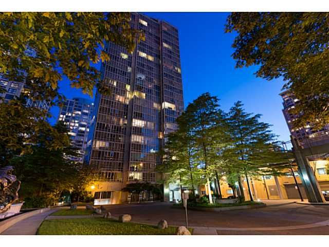 Photo 2: Photos: 2101 950 Cambie St in Vancouver: Yaletown Condo for sale (Vancouver West)  : MLS®# V1011470