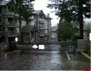 "Photo 1: 405 33318 E BOURQUIN Crescent in Abbotsford: Central Abbotsford Condo for sale in ""NATURES GATE"" : MLS®# F2926897"