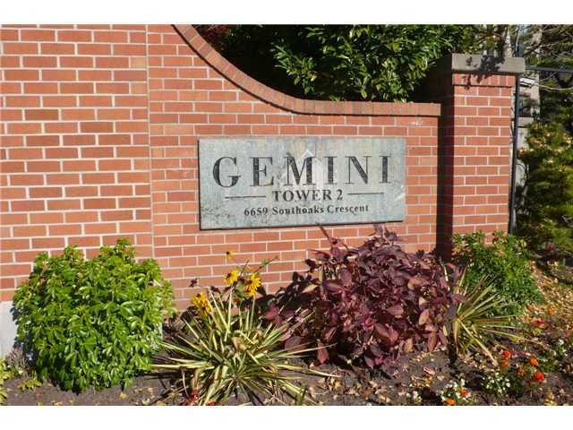 """Main Photo: 601 6659 SOUTHOAKS Crescent in Burnaby: Highgate Condo for sale in """"Gemini II"""" (Burnaby South)  : MLS®# V1035373"""