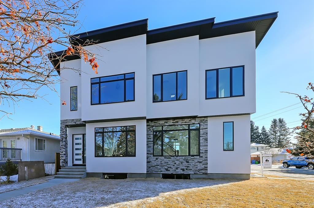 Main Photo: 2852 40 Street SW in Calgary: Glenbrook Semi Detached for sale : MLS®# A1075918