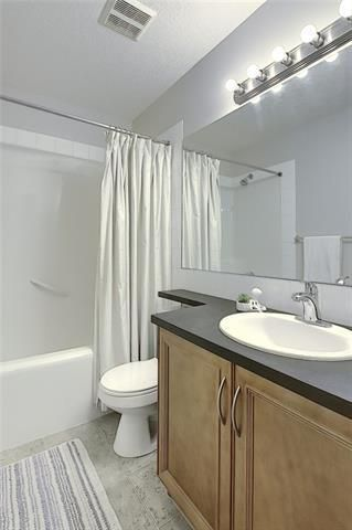 Photo 31: 33 ROYAL CREST View NW in Calgary: Royal Oak Semi Detached for sale : MLS®# C4299689