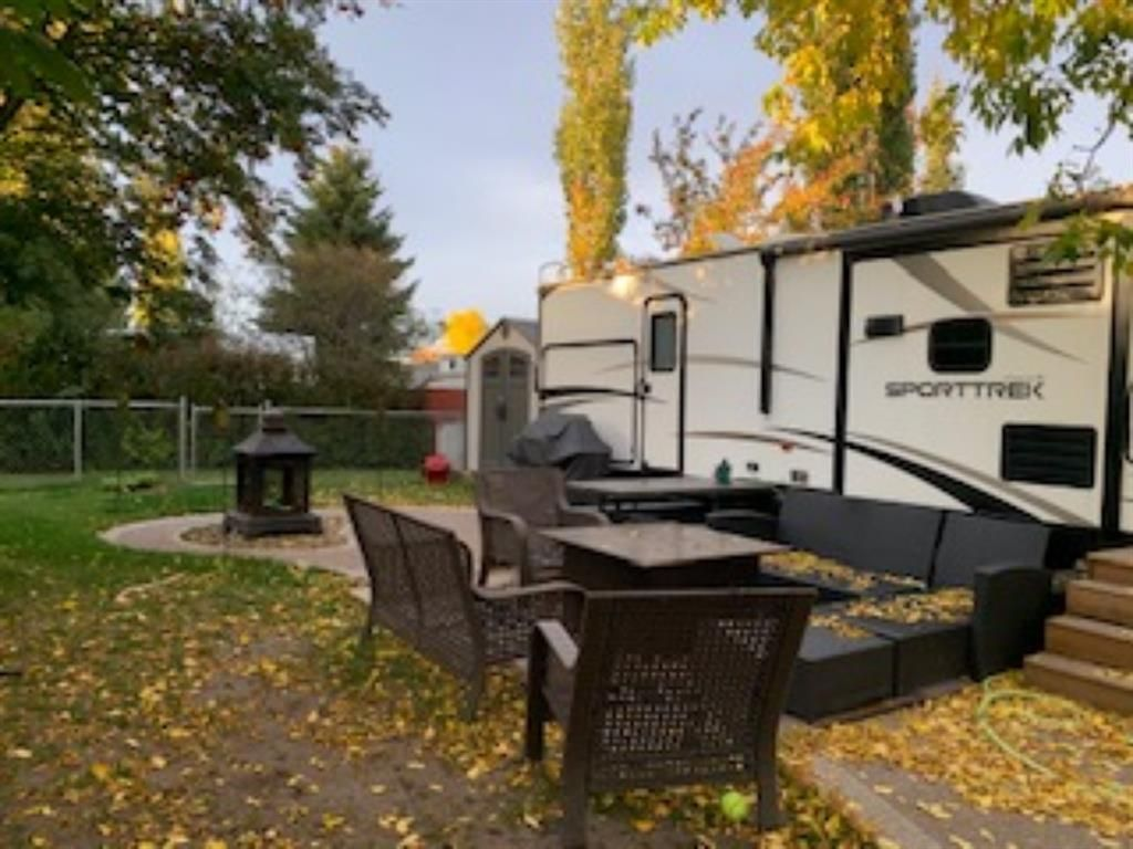 Main Photo: 464 Carefree Resort: Rural Red Deer County Land for sale : MLS®# A1036732