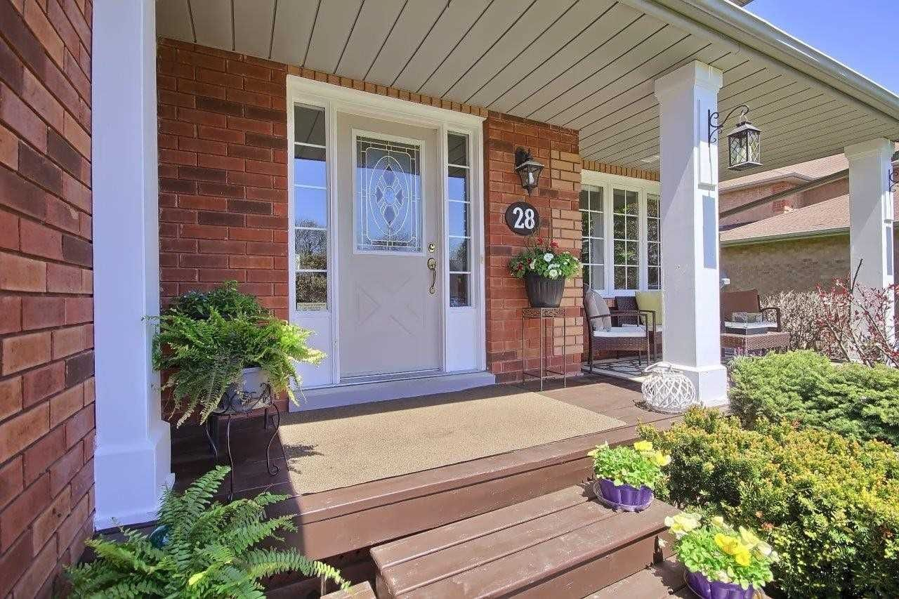 Photo 6: Photos: Uxbridg 28 Turner Drive: Uxbridge House (2-Storey) for sale : MLS®# N5237265