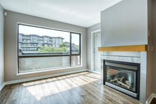 "Photo 4: 201 10866 CITY Parkway in Surrey: Whalley Condo for sale in ""Access"" (North Surrey)  : MLS®# R2473746"