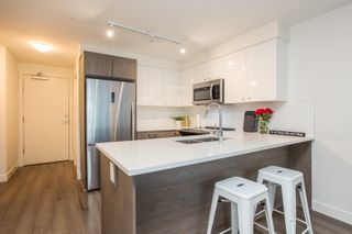 """Photo 5: 204 2525 CLARKE Street in Port Moody: Port Moody Centre Condo for sale in """"THE STRAND"""" : MLS®# R2545732"""