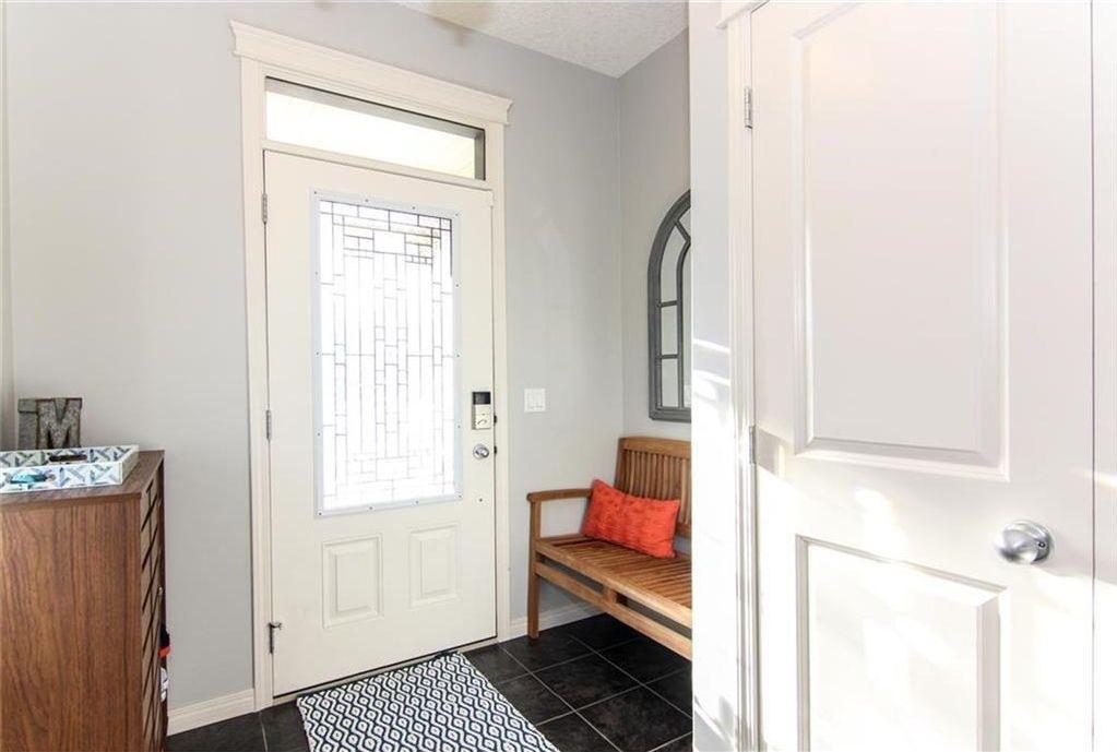 Photo 2: Photos: 92 Mahogany Terrace SE in Calgary: Mahogany House for sale : MLS®# C4143534