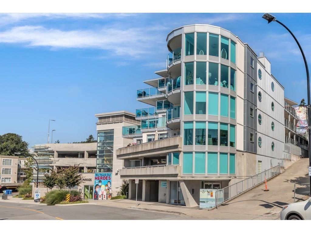 Main Photo: 202 14955 VICTORIA Avenue: White Rock Condo for sale (South Surrey White Rock)  : MLS®# R2617011