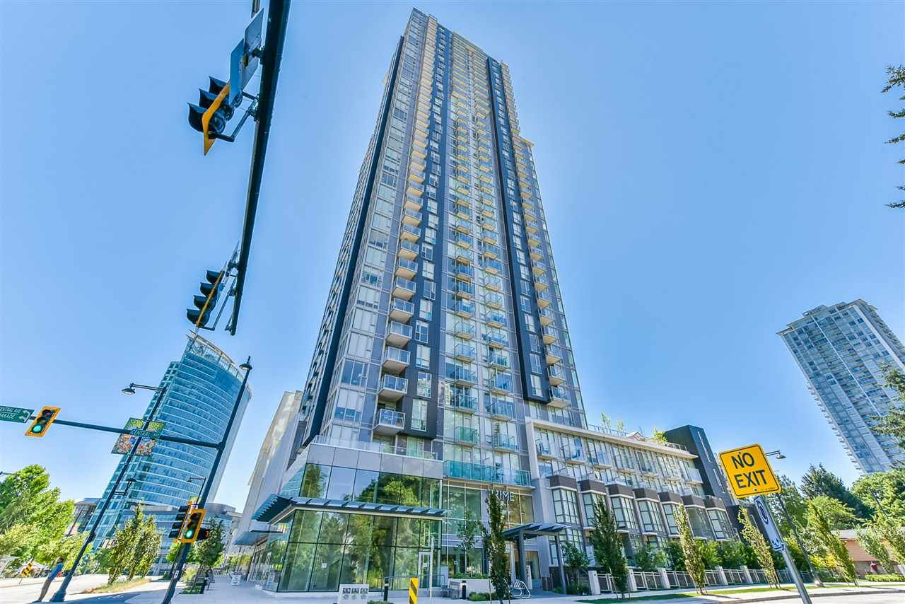 """Main Photo: 1408 13438 CENTRAL Avenue in Surrey: Whalley Condo for sale in """"Prime on the Plaza"""" (North Surrey)  : MLS®# R2481633"""