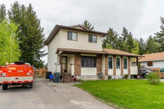 """Photo 2: 7862 ROCHESTER Crescent in Prince George: Lower College 1/2 Duplex for sale in """"COLLEGE HEIGHTS"""" (PG City South (Zone 74))  : MLS®# R2582216"""