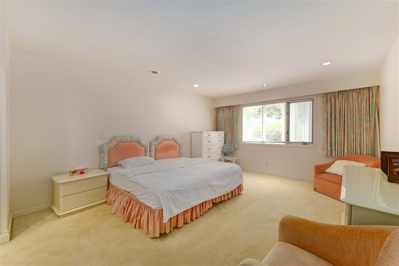 Photo 20: Photos: 4768 DRUMMOND Drive in Vancouver: Point Grey House for sale (Vancouver West)  : MLS®# R2480658