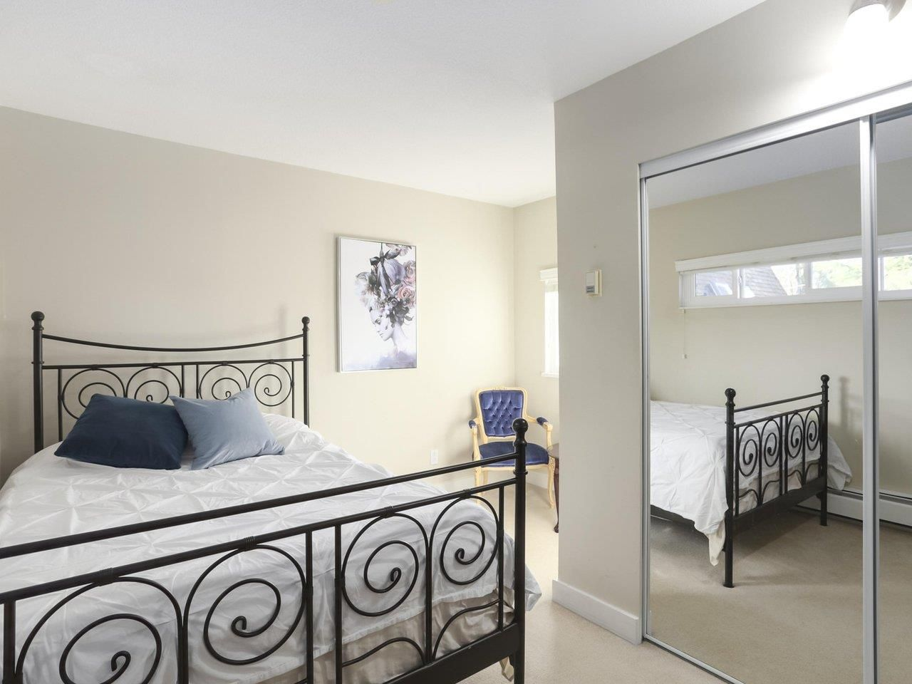 Photo 11: Photos: 325 W KINGS Road in North Vancouver: Upper Lonsdale House for sale : MLS®# R2443642